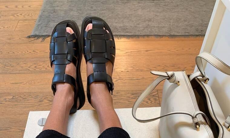 Spider Sandals: Το καλοκαιρινό παπούτσι που δεν πρέπει να λείπει από την ντουλάπα σου