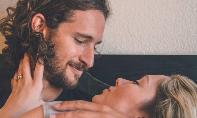 6 συνήθειες των ζευγαριών που έχουν έναν ευτυχισμένο γάμο