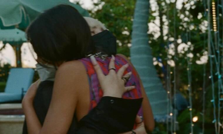 Η Olivia Rodrigo αγκάλιασε την Billie Eilish και ο λόγος θα σε συγκινήσει