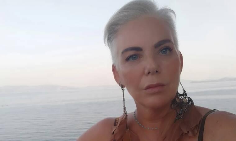 Νανά Παλαιτσάκη για Βαρυμπόμπη: Το βίντεο από το σπίτι της - Η φωτιά και ο «ήλιος που καίγεται»