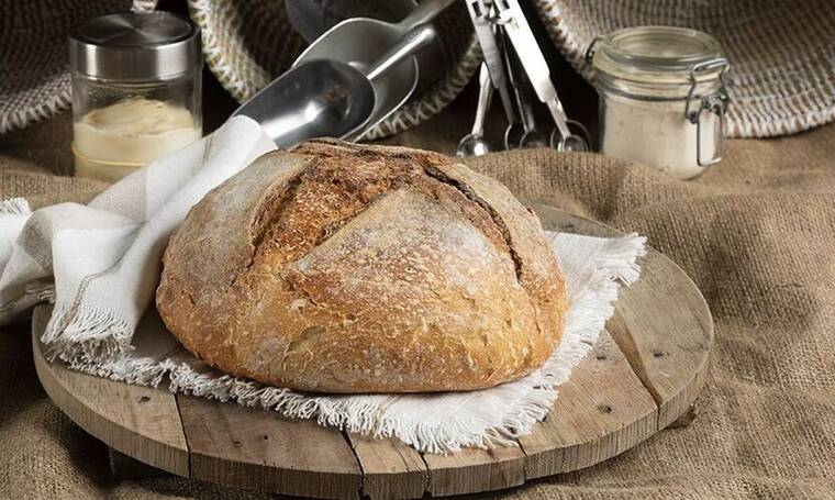 Φτιάξε ψωμί με γρήγορο προζύμι όπως ο Άκης Πετρετζίκης