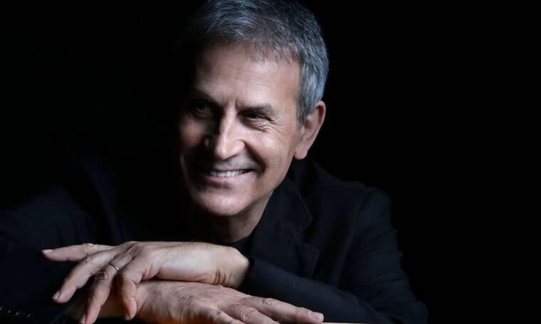 O Γιώργος Νταλάρας συνεχίζει την επιτυχημένη καλοκαιρινή περιοδεία του