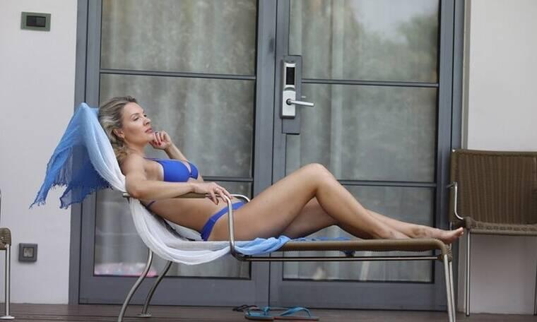 Χριστίνα Αλούπη: Έκλεψε τις εντυπώσεις με το καλλίγραμμο κορμί της και το μπλε μπικίνι στη Ρόδο