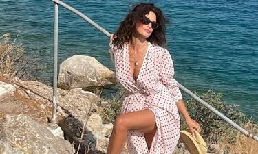 Δωροθέα Μερκούρη: Έξαλλη η ηθοποιός – Δείτε τι της συνέβη την ώρα που έκανε τη βουτιά της (Photos)
