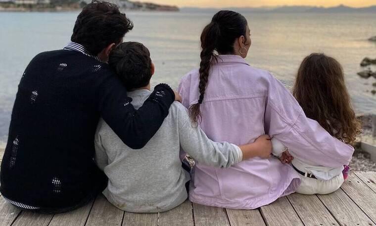 Κέλλυ Κελεκίδου - Νίκος Κουρκούλης: Οι μαγικές φώτο με τα παιδιά τους - Δείτε πόσο τους μοιάζουν!