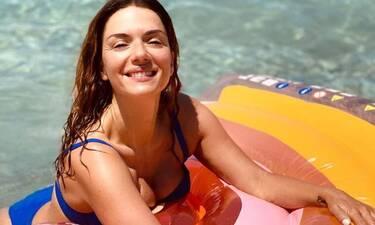 Βάσω Λασκαράκη: Έτσι είναι το κορμί της με μπικίνι και χωρίς ρετούς στα 41 της