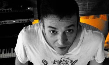 Γιώργος Ρους: Δύσκολες ώρες και βαρύ πένθος για τον τραγουδιστή