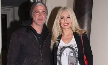 Αργυρόπουλος - Μπακοδήμου: Με τον γιο τους στο αεροδρόμιο! «Αχ, πανάθεμα σε ξενιτιά»