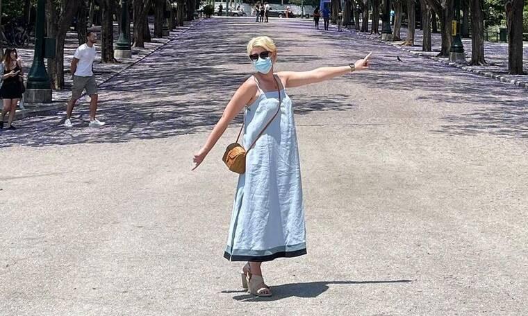 Κοσιώνη: Η μια και μοναδική φωτό από τις διακοπές της: «Βρε ίσκιε μου δε πας να μου χαθείς…»