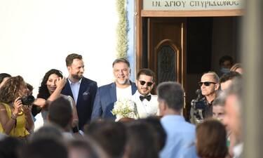Γρηγόρης Αρναούτογλου: Έγινε κουμπάρος! Δείτε ποιον πάντρεψε - Ο Γιώργος Λιανός στο πλευρό του!