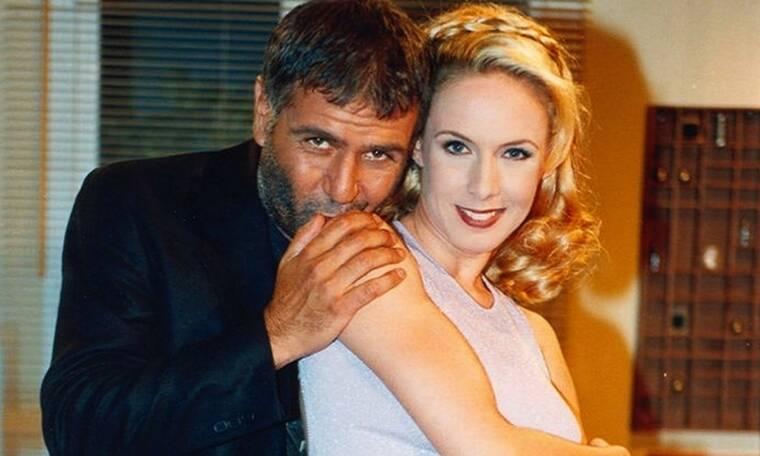 Δυο ξένοι: Η Φλώρα δέχεται απειλητικά τηλεφωνήματα από ανταγωνιστές του Μένιου