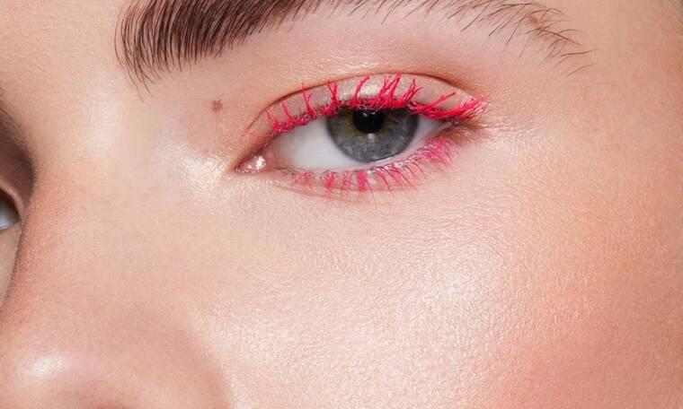 Οι ωραιότερες χρωματιστές mascara για τα μάτια σου και μόνο