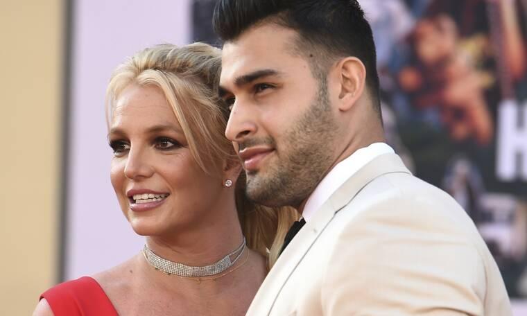 Η Britney Spears αρραβωνιάστηκε τον Sam Asghari - Η προκλητική ανακοίνωση στο Instagram