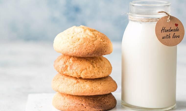 Εύκολα μπισκότα με μόλις τρία υλικά