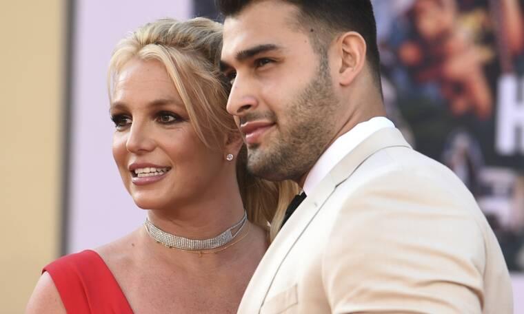 Λίγο πριν τον γάμο, σου θυμίζουμε όλους τους άντρες στη ζωή της Britney Spears (photos)