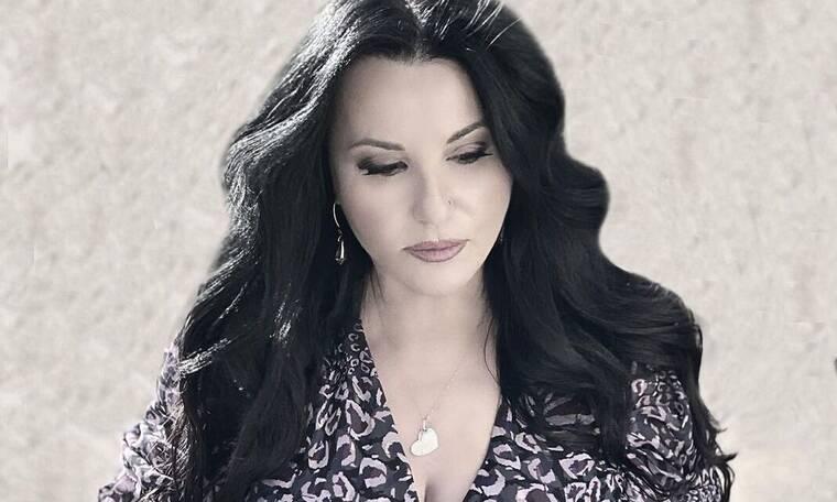 Μαλλιωτάκη: Βαρύ πένθος για την τραγουδίστρια–Το σπαρακτικό μήνυμα για τον θάνατο που την «τσάκισε»