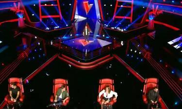 The Voice: Δεν πάει ο νους σου ποιος τραγουδιστής ανέβηκε στη σκηνή – Έπαθε πλάκα ο Αργυρός!