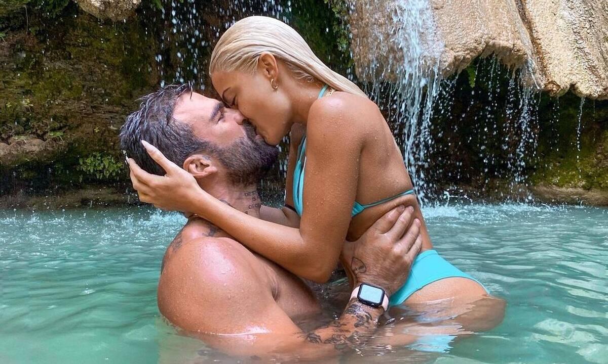 Ασυγκράτητοι Τούνη-Αλεξάνδρου: Το παθιασμένο φιλί τους στην παραλία!