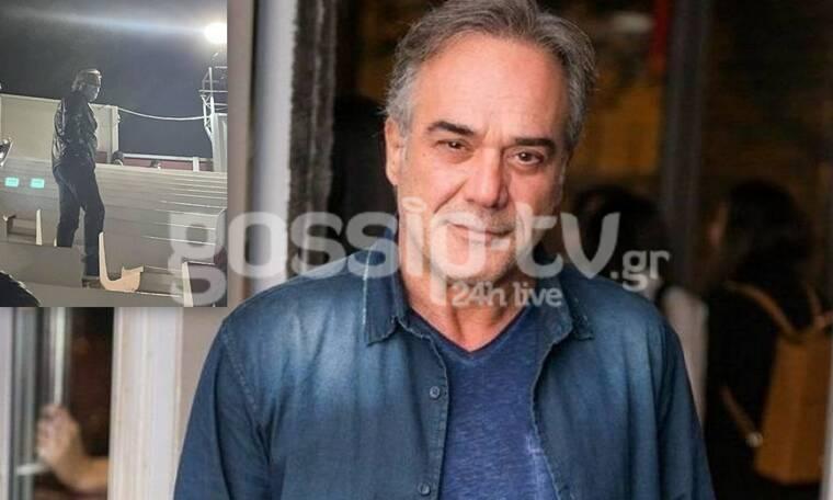 Π. Ευαγγελόπουλος: Τι κι αν έχει περάσει τα 55; Κυκλοφορεί γοητευτικός και στιλάτος (exclusive pics)