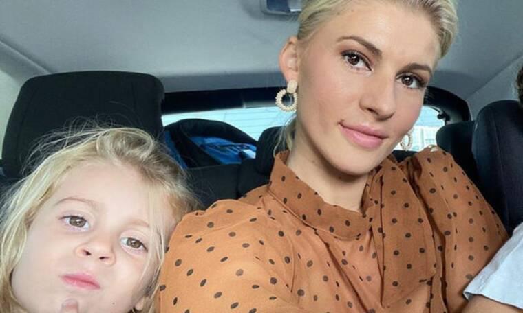 Όλγα Πηλιάκη: Απίθανο το στιλ της κόρης της στο σχολείο