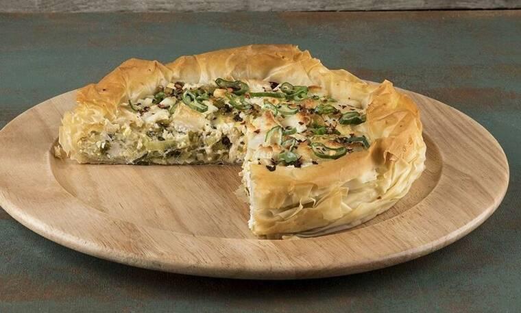 Πίτα με κατσικίσιο τυρί και πράσο από τον Άκη Πετρετζίκη!