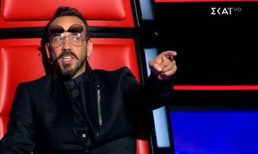 The Voice: Η επαγγελματίας τραγουδίστρια που ενθουσίασε τον Μουζουράκη