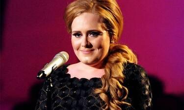 Adele: Το πρώτο εξώφυλλο στην Vogue μετά την απώλεια κιλών - Θεαματική η αλλαγή της!