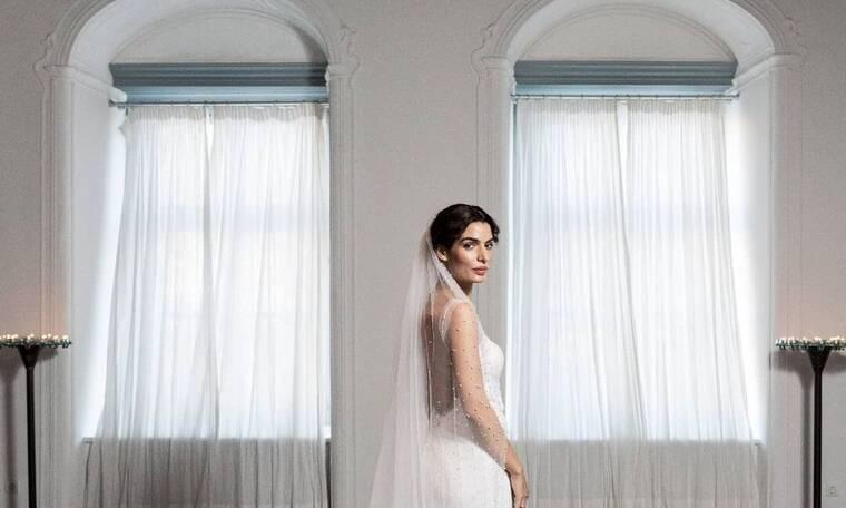 Η υπέροχη λεπτομέρεια στο νυφικό της Τόνιας Σωτηροπούλου που το έκανε τόσο ξεχωριστό! (video)