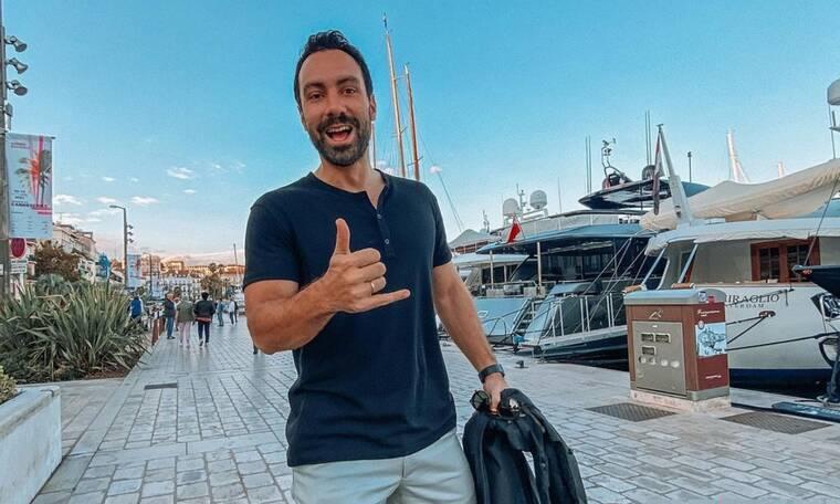 Στο εξωτερικό ξανά ο Σάκης Τανιμανίδης: Τι κάνει η Μπόμπα μόνη στην Αθήνα (photos)