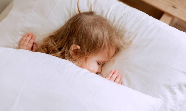 Σε ποια ηλικία τα παιδιά μπορούν να χρησιμοποιήσουν μαξιλάρι