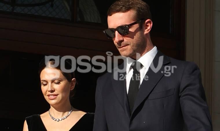 Γάμος Φίλιππου - Νίνα Φλορ: Ο Σταύρος Νιάρχος με τη Ντάσα Ζούκοβα πιασμένοι χέρι - χέρι (photos)