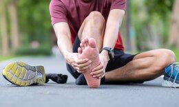 Πελματιαία απονευρωσίτιδα: Τα 6 λάθη που πρέπει να αποφεύγετε (video)